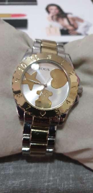 Imagen reloj en color rosa