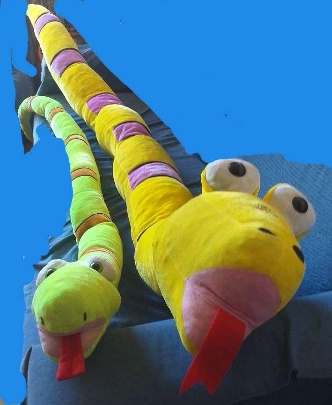 Imagen 2 peluches serpientes grandes