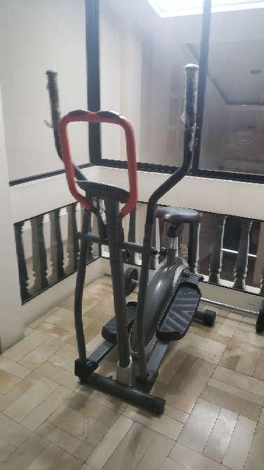 Imagen producto Bicicleta Cardiovascular Digital 3
