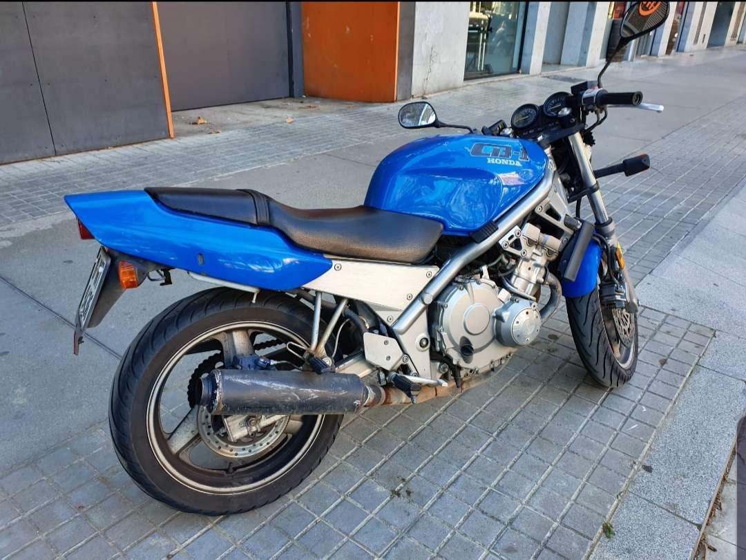 Imagen Honda CB-1 400