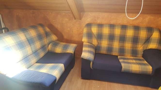 Imagen Dos sofás de dos plazas