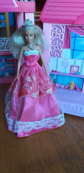 Imagen producto Casa de barbie más muñeca  2