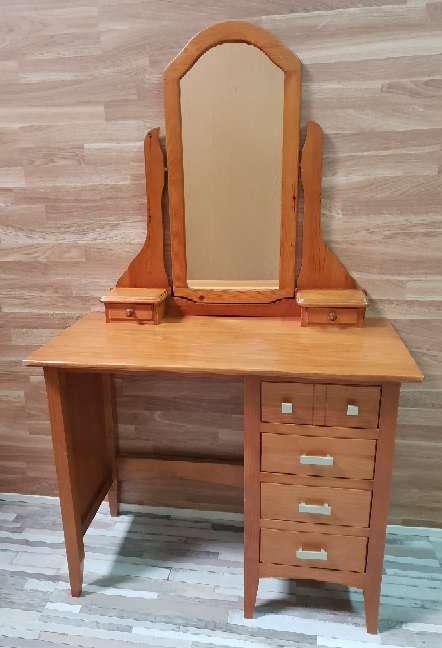Imagen Mesa escritorio con espejo tocador