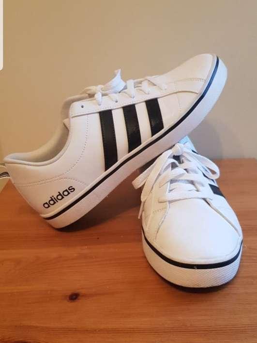 Imagen Zapatillas Adidas blancas n 42