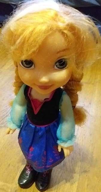 Imagen producto Coche de frozen más muñeca  2