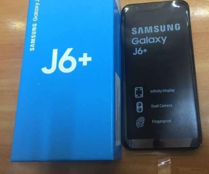 Imagen producto Teléfono Samsung Galaxy J6 + 3