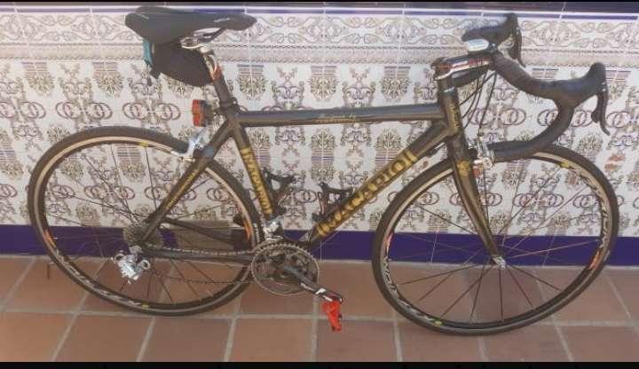 Imagen bicicleta carbóno