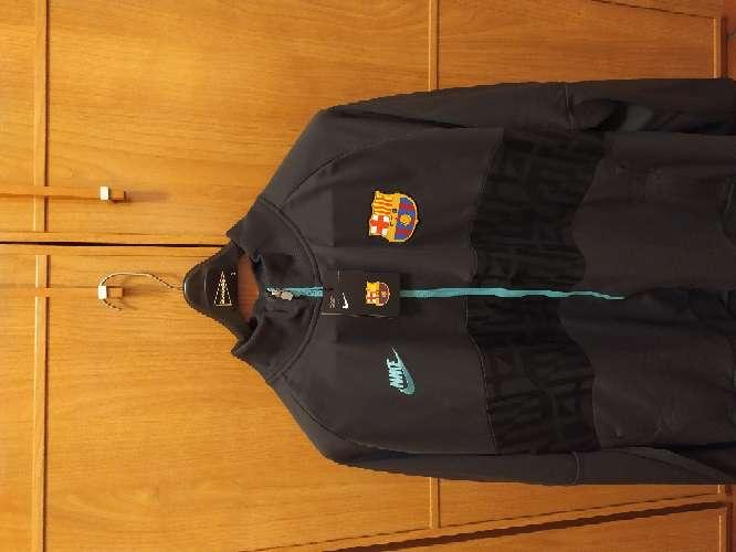 Imagen chaqueta chandal barsa