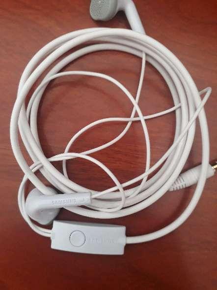 Imagen producto Audifonos marca samsung 4