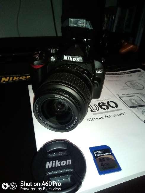 Imagen producto Cámara Nikon D60 con Objetivo 18:55mm 4