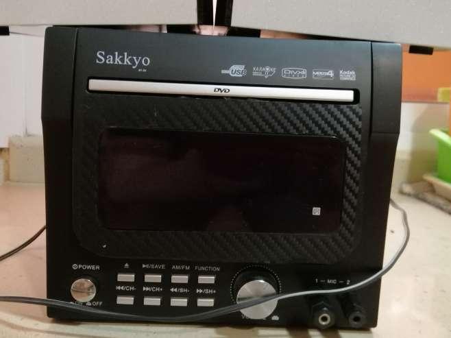Imagen producto Radio mini cadena con CD USB DVD MP3 2