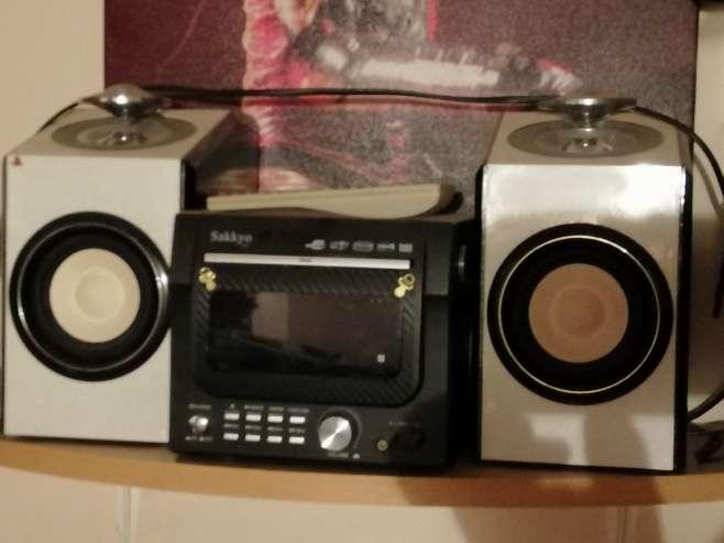 Imagen producto Radio mini cadena con CD USB DVD MP3 3