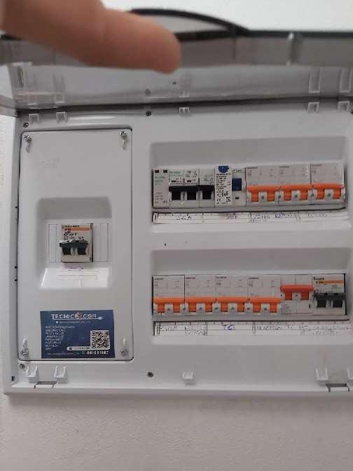 Imagen electricista Boletines