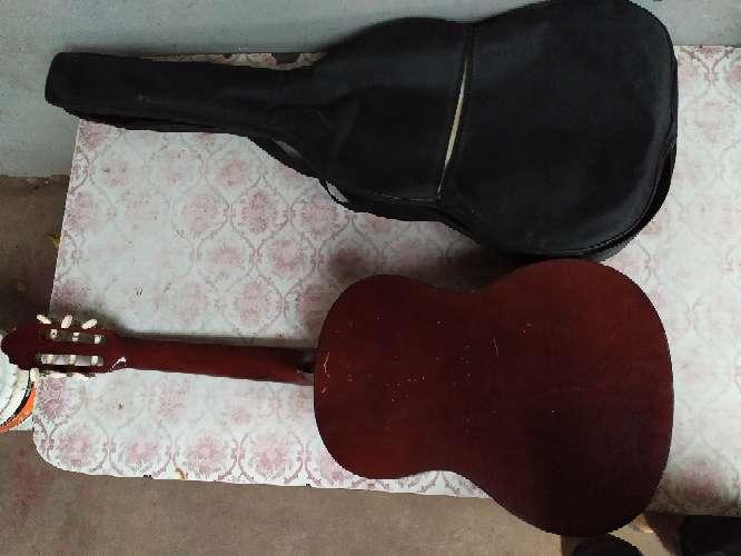 Imagen guitarra Valencia cg160