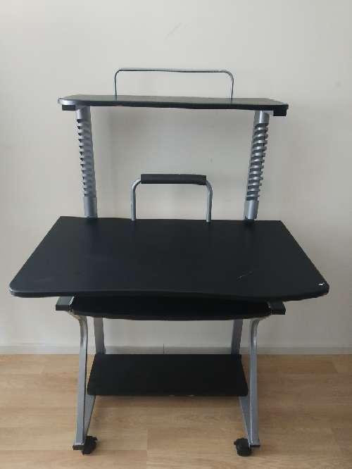 Imagen Pupitre, mesa ordenador