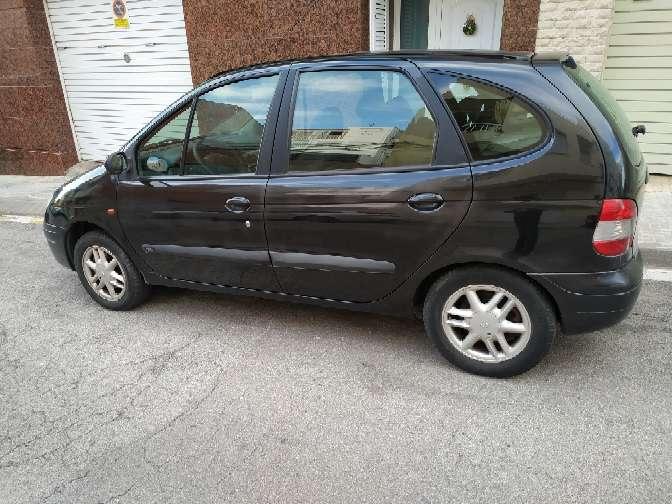 Imagen producto Renault Scenic gasolina 2.0 180.000 kilómetros muy buena full equipo ITV recién pasada 750€ llamar al 632731348 Sr emanuel  6