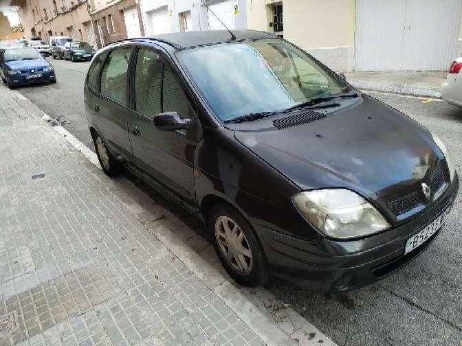 Imagen producto Renault Scenic gasolina 2.0 180.000 kilómetros muy buena full equipo ITV recién pasada 750€ llamar al 632731348 Sr emanuel  2