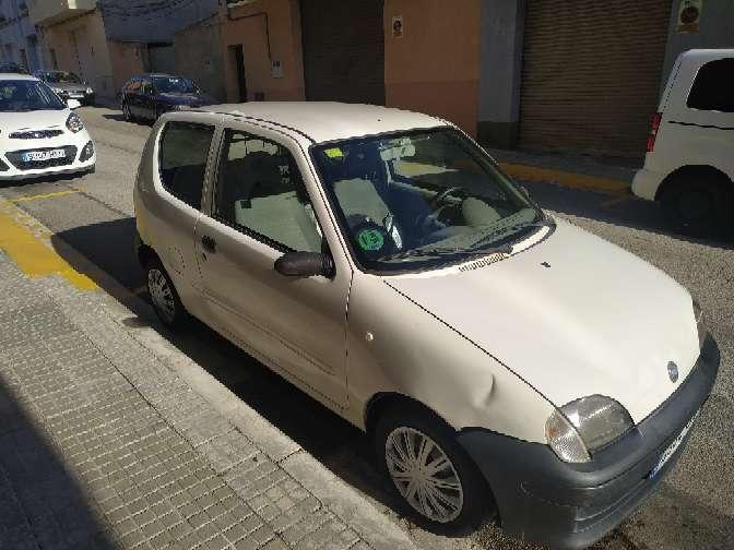 Imagen producto Fiat seicento van año 2009 gasolina 1.1 full equipo con pegatina medio ambiental para Barcelona 216.000 kilómetros levanta temperatura llamar al 632731348 se puede ver todos los días  4