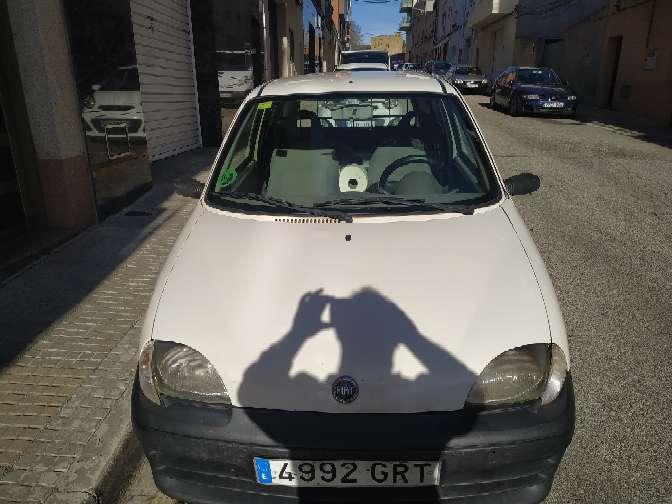 Imagen producto Fiat seicento van año 2009 gasolina 1.1 full equipo con pegatina medio ambiental para Barcelona 216.000 kilómetros levanta temperatura llamar al 632731348 se puede ver todos los días  5