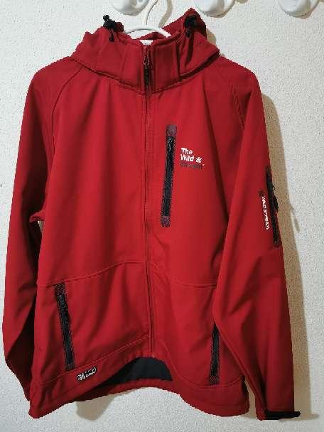 Imagen Vendo chaqueta deporte the wild stream
