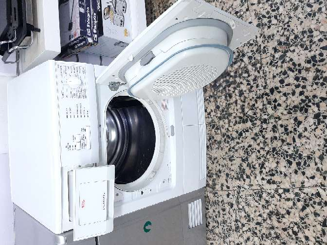 Imagen producto Secadora AEG  7 kg condensación  2