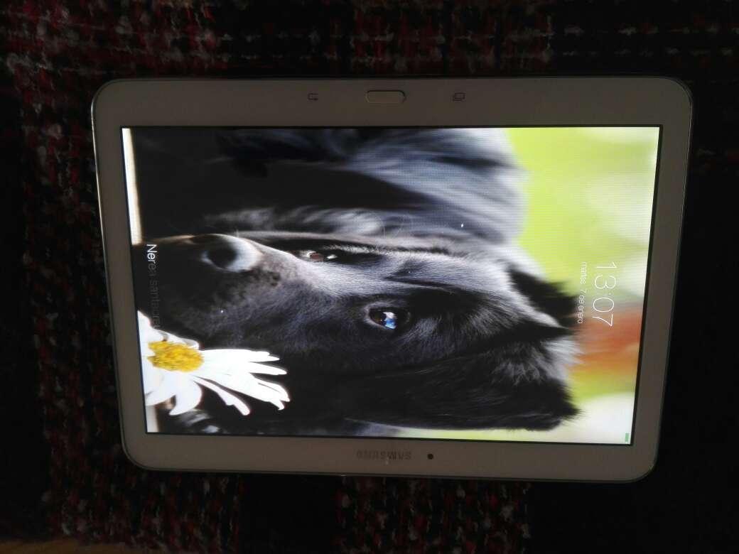 Imagen Tablet samsung tab 4