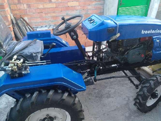Imagen tractor pequeño