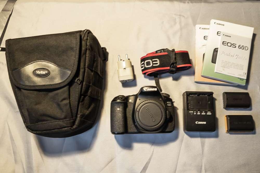Imagen Canon 60D y accesorios. En perfecto estado
