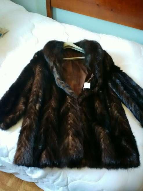 Imagen Vendo abrigo de visón