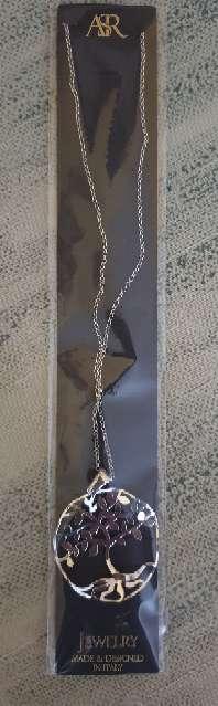 Imagen Gargantilla árbol de la vida tallado ondulado.