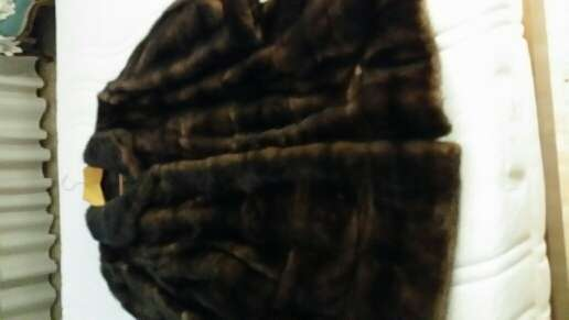 Imagen producto Venta abrigo seminuevo 3