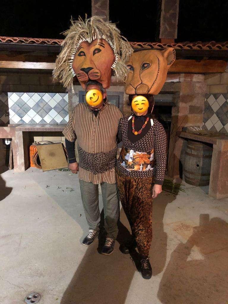 Imagen producto Disfraz Rey León para 11 personas 3