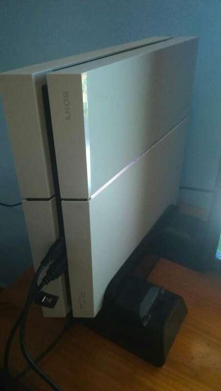 Imagen PS4 500GB + Juegos