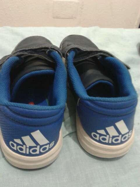 Imagen zapatos Adidas talla 34