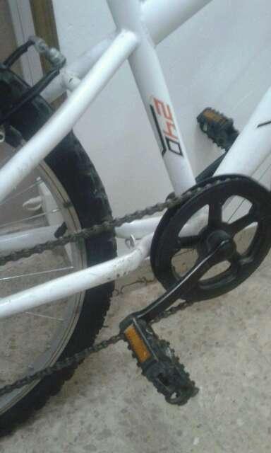 Imagen producto Bicicleta modelo hard trail 240 denver 4210-2M tamaño mediana  3