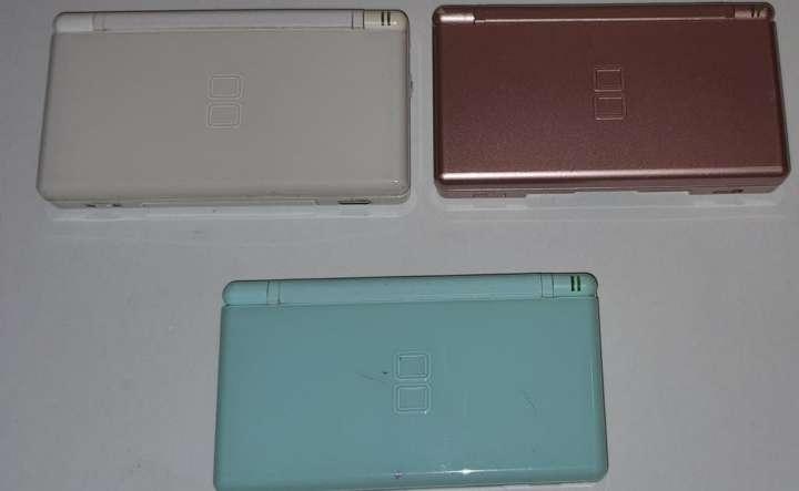 Imagen producto Súper Lote De 3 Nintendo DS Lite + 2 Cargadores 4