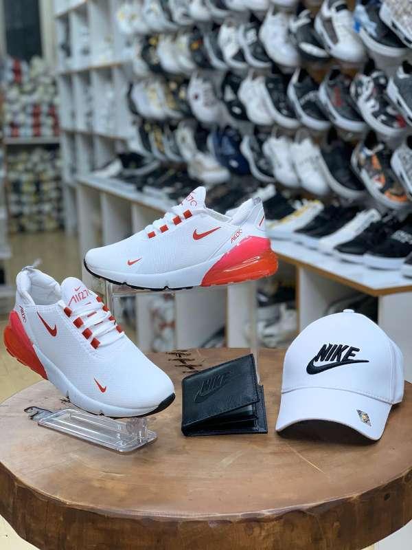 Imagen producto Ref. Sheila B - C.Nike 3