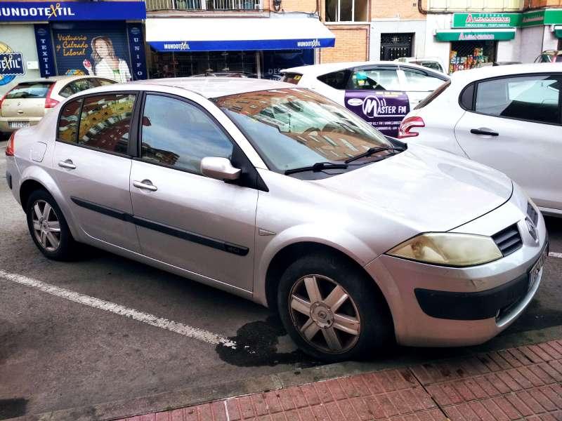 Imagen Vendo coche Ranault