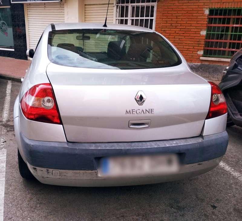 Imagen producto Vendo coche Ranault  3