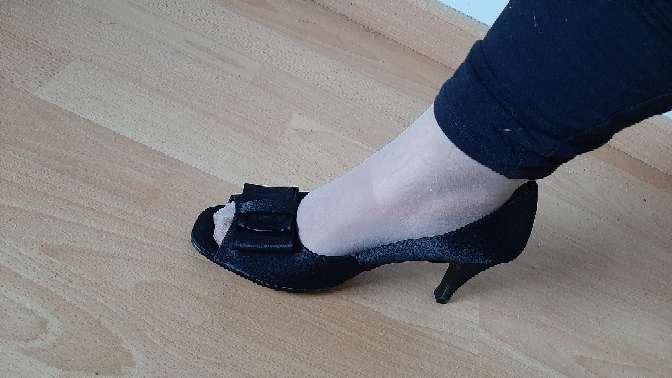 Imagen zapatos de tacon con lacito