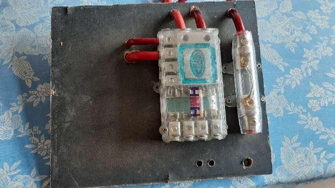 Imagen porta-fusibles equipo de música