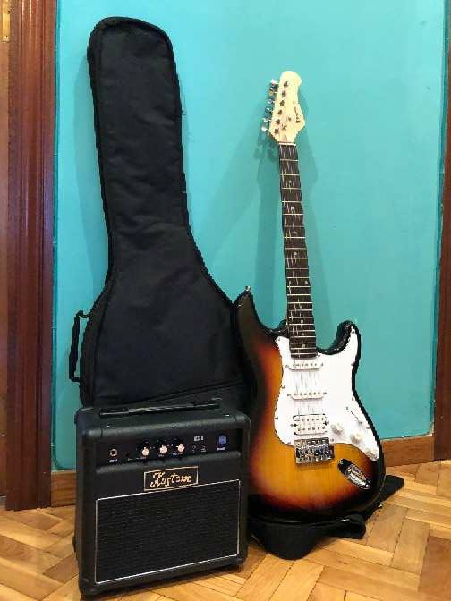 Imagen producto Guitarra eléctrica nueva 1