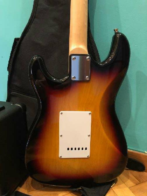 Imagen producto Guitarra eléctrica nueva 6