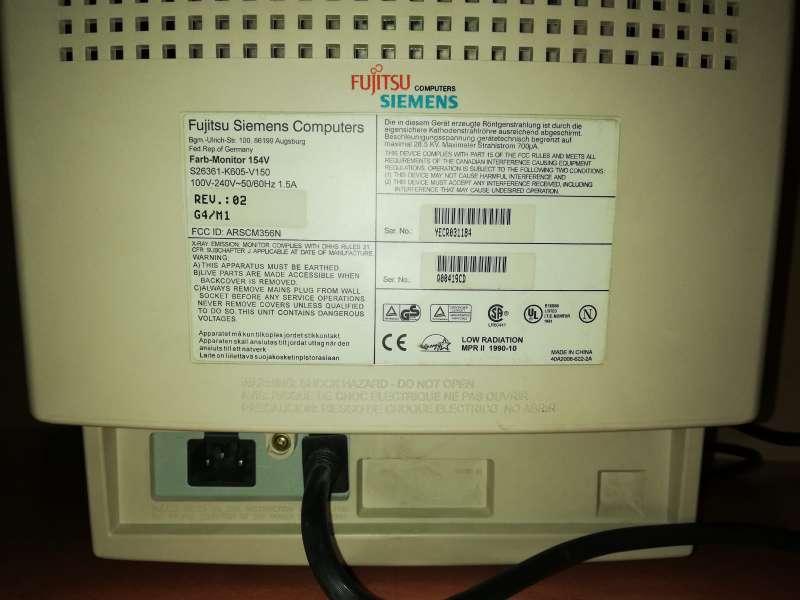 Imagen producto Pantalla PC Fujitsu SIEMENS Antigua Con Culo 5