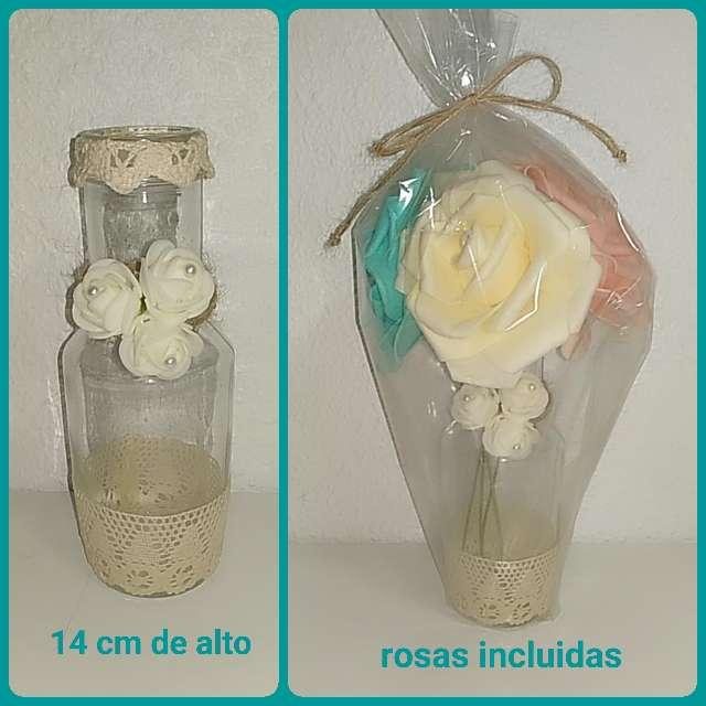 Imagen Pequeño jarrón de cristal.