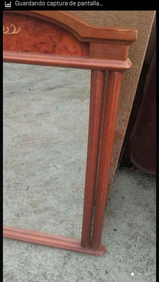 Imagen producto Espejo antiguo madera de 109x89x4,5. 4