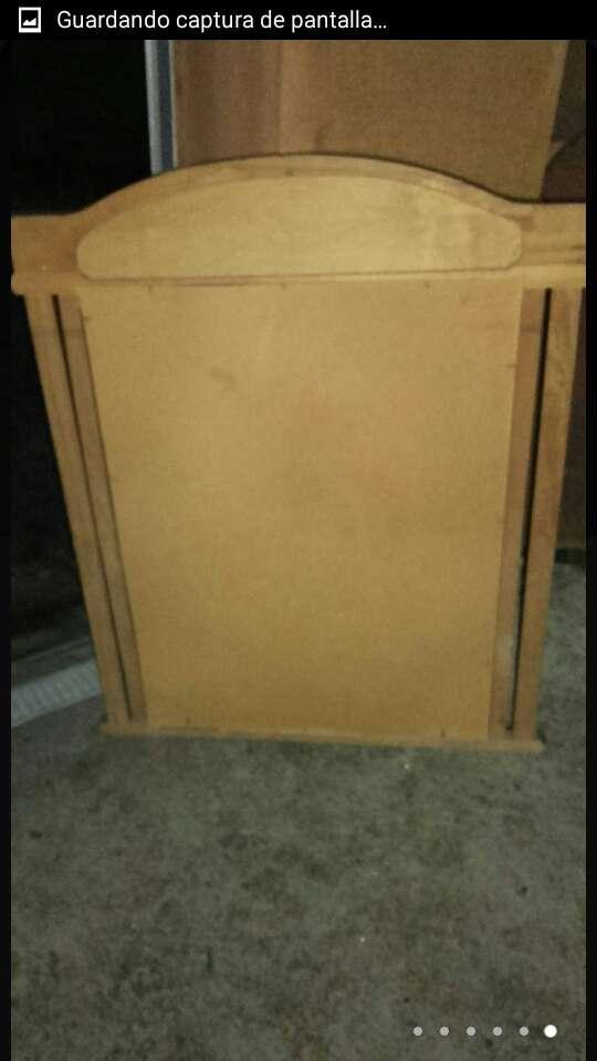 Imagen producto Espejo antiguo madera de 109x89x4,5. 6