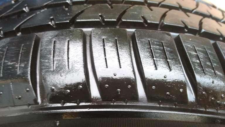 Imagen rueda llanta Ford