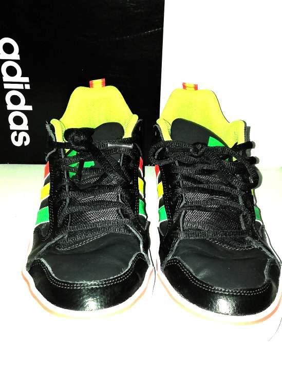 Imagen producto Zapatillas Adidas Edición Rasta N°42 3