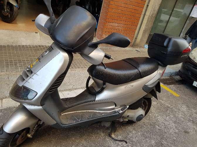 Imagen producto Moto Piaggio Skipper 125cc a 700€ 2